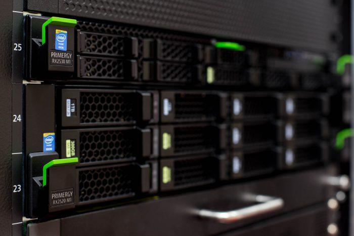 host server static ip